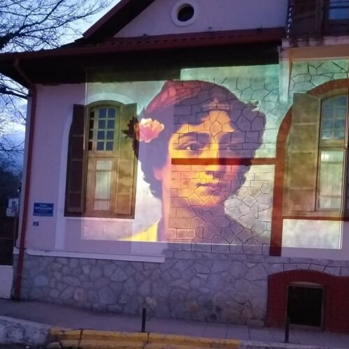 Φωταγώγηση τοπόσημων στη Νάουσα για τον εορτασμό της 25ης Μαρτίου και των 200 ετών από την κήρυξη της Επανάστασης