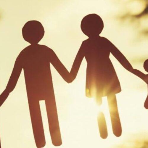 """Μαρία Ρώτα: """"Βόμβα"""" για την ψυχική υγεία των παιδιών το νομοσχέδιο για την «συνεπιμέλεια»"""
