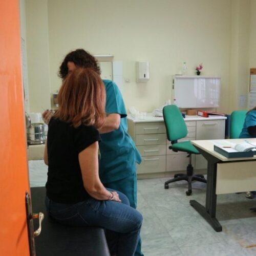 Κέντρο Υγείας Βέροιας: Οι εμβολιασμοί πραγματοποιούνται με συνεχή ροή, με απόλυτη προσοχή και συνέπεια στον σχεδιασμό τους