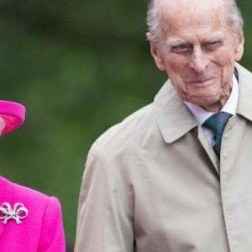 """Ο Πρίγκιπας Φίλιππος, ο """"βράχος"""" της Βασίλισσας Ελισάβετ, """"έφυγε"""""""