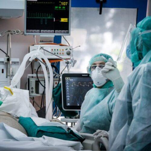 """""""Έχω 18 ασθενείς διασωληνωμένους εκτός ΜΕΘ και θέλω αναπνευστήρες! Ο ένας είναι 32 χρονών!"""""""