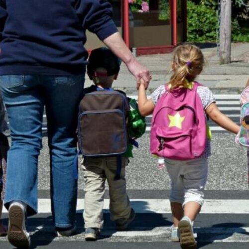 Σε προκάτ αίθουσες, σε αυλή σχολείου, οι μαθητές του 2ου Νηπιαγωγείου Βέροιας - Επιστολή του Συλλόγου Γ&Κ στη Δημοτική Αρχή