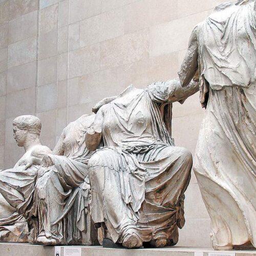 """""""Ελευθερώστε τα γλυπτά του Παρθενώνα"""" γράφει ο Ηλίας Γιαννακόπουλος"""