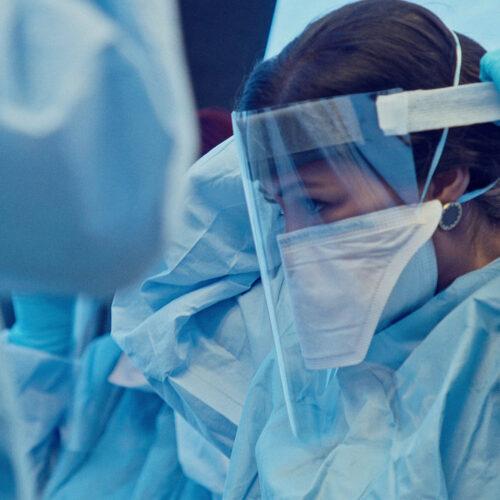 Πανδημία: 39 οι θάνατοι, 540 ασθενείς στις ΜΕΘ, 1905 τα νέα κρούσματα, εκ των οποίων τα 14 στην Ημαθία