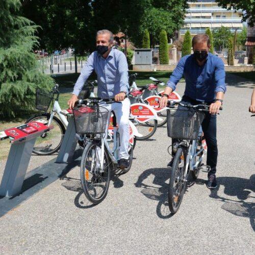 """Βέροια: """"Διαθέσιμα για τους πολίτες 28 κοινόχρηστα ποδήλατα του Δήμου / Ο τρόπος ενοικίασης"""""""