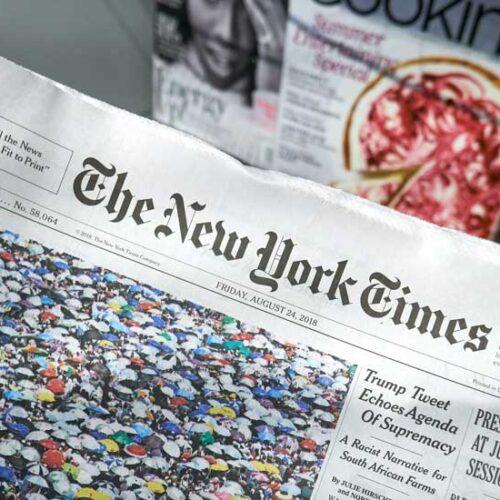 «Καρφιά» από τους New York Times για το άνοιγμα του τουρισμού στην Ελλάδα