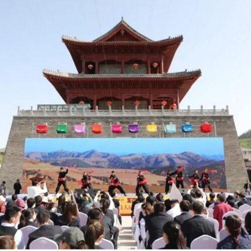 Η Ναουσαία Ξανθή Χονδρού - Χιλλ απέσπασε χρυσό βραβείο ποίησης στην Κίνα!