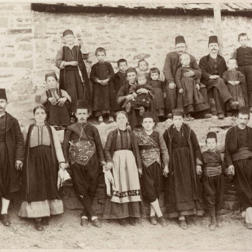 """Βιβλιοκριτική / Χαρίκλεια - Σταματία Μαργαριτοπούλου """"Μονοπάτια Διασποράς Ελλήνων Βλαχοφώνων"""" γράφει ο Γιώργης Έξαρχος"""