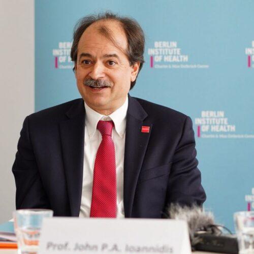 Καθηγητής Ιωαννίδης: «Αν βγω και μιλήσω, θα με τελειώσουν» – Τα μηνύματα που δέχονταν επιστήμονες για να σωπάσουν