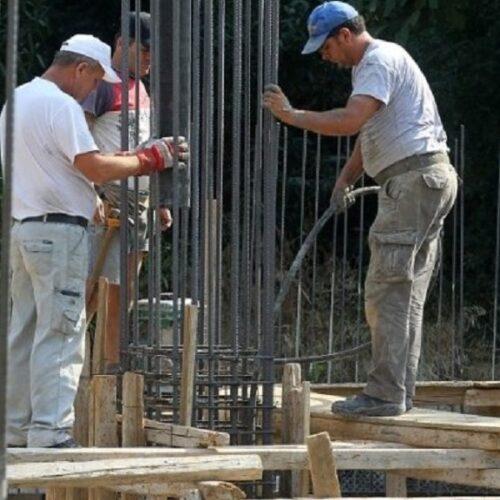 Το εργατικό Κέντρο Βέροιας για την αντιμετώπιση της θερμικής καταπόνησης των εργαζομένων λόγω υψηλών θερμοκρασιών