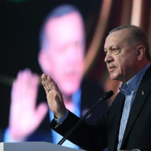 """Η παραδοχή της αποτυχίας και η κινούμενη άμμος: Η ακολουθούμενη """"στρατηγική"""" στρώνει κόκκινο χαλί στον Ερντογάν"""
