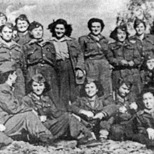 """""""Η συμβολή της Ναουσαίας γυναίκας στους κοινωνικούς και άλλους αγώνες (1921/ 1945)"""" γράφει ο Στέργιος Αποστόλου"""