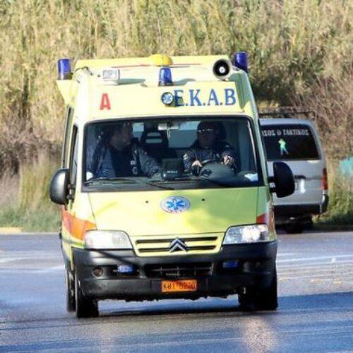 Ανατροπή ΙΧ με τέσσερις νεαρούς επιβάτες / ένας νεκρός και τρεις τραυματίες