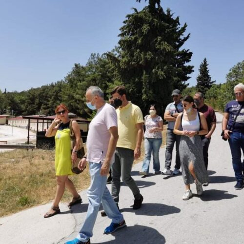 Επίσκεψη αντιπροσωπείας του ΣΥΡΙΖΑ Ημαθίας στη δομή προσφύγων του στρατοπέδου Αρματολού Κόκκινου