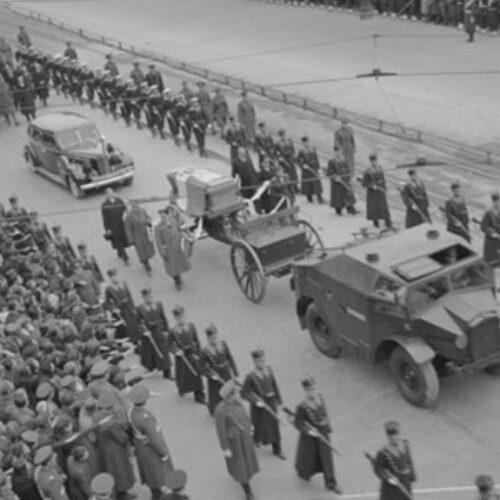 Ο Βασιλεύς Γεώργιος Β' και ο αγγλικός παράγοντας στην Ελλάδα / Από τον θάνατο του Μεταξά μέχρι το κατέβασμα της γερμανικής σημαίας