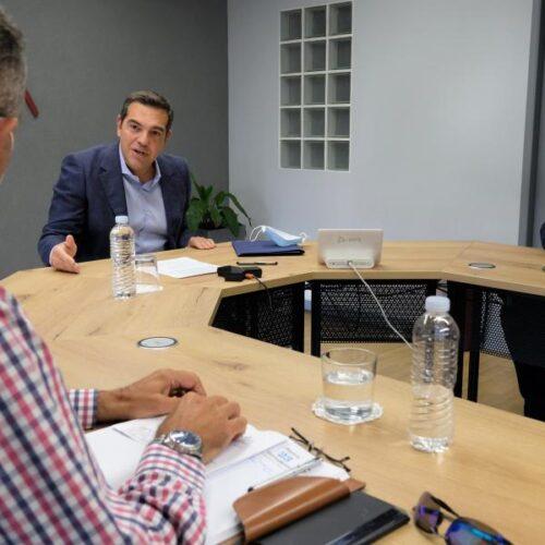 """Αλέξης Τσίπρας: """"Ο Μητσοτάκης δεν πουλά καν, αλλά εκχωρεί τη ΔΕΗ"""" / Πρόεδρος ΓΕΝΟΠ ΔΕΗ: """"ξέφρενη η αύξηση τιμολογίων"""""""