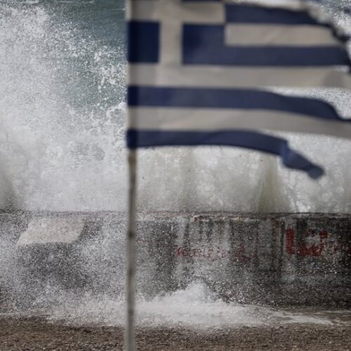 ΕΜΥ: Ισχυρές βροχές και καταιγίδες, θυελλώδεις άνεμοι και αισθητή πτώση της θερμοκρασίας