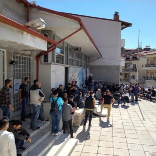 """Ε.Κ. Νάουσας: Με μεγάλη συμμετοχή, ημέρα απεργίας, η γενική συνέλευση του σωματείου στη νηματουργία """"Βαρβαρέσος"""""""