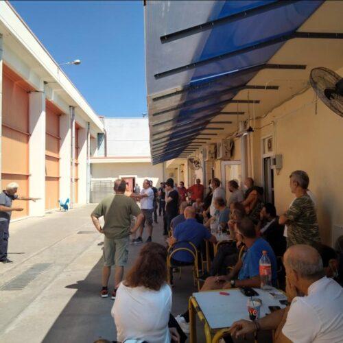 """Νάουσα: Σύσκεψη με εργαζόμενους στην κλωστοϋφαντουργία """"Βαρβαρέσος"""" για τον υποχρεωτικό εμβολιασμό"""