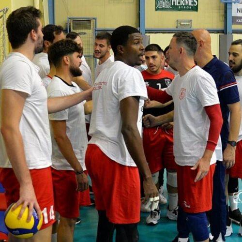 """Βόλεϊ / Φίλιππος Βέροιας: Φιλική ισοπαλία στο β' ματς με τους """"Πειρατές"""" στη Σύρο"""