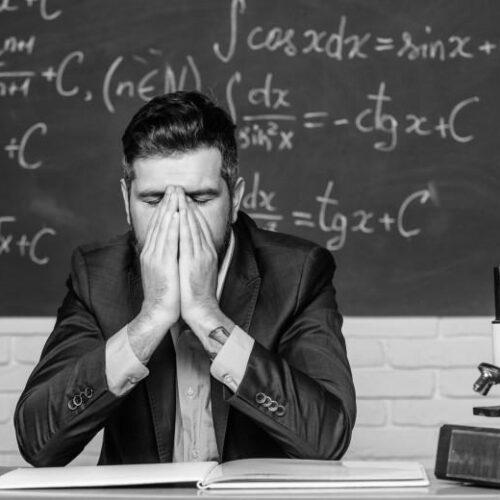 «Άνοιγμα σχολείων: Νέος γραφειοκρατικός φόρτος σε εκπαιδευτικούς και διευθυντές» γράφει ο Χρήστος Κάτσικας