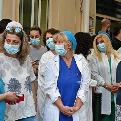 Σε αναστολή 10.000 ανεμβολίαστοι υγειονομικοί / Τεράστια τα κενά στο σύστημα υγείας