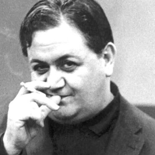 """Μάνος Χατζιδάκις: """"Το ιδιόγραφο βιογραφικό του μεγάλου συνθέτη / γεννήθηκε σαν σήμερα, 23 Οκτωβρίου του 1925"""""""