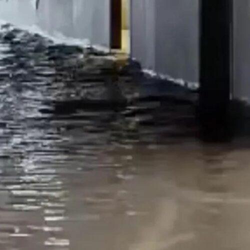 """Αθήνα / """"Μπάλλος"""": Πλημμύρισε η Σχολή Καλών Τεχνών (video)"""