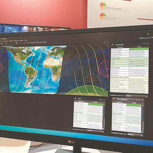 Η ομάδα του ΑΠΘ που πάει στο Διάστημα / Ο πρώτος φοιτητικός δορυφόρος σχεδιάστηκε από φοιτητές του Αριστοτελείου