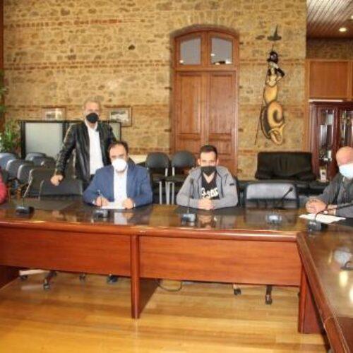 """Δήμος Βέροιας: Υπογραφή σύμβασης «συντήρηση και τοποθέτηση στηθαίων ασφάλειας"""""""