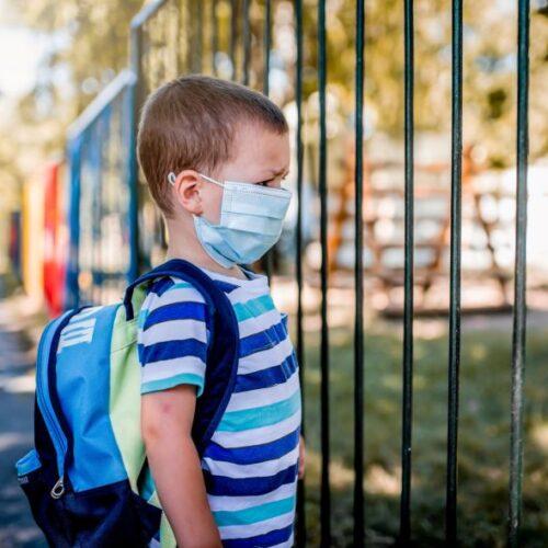 """""""Το σχολείο στα χρόνια της μάσκας"""" γράφει η Γλυκερία Γκρέκου"""