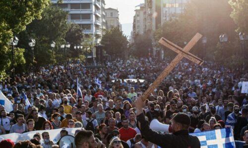 Οι «ψεκασμένοι» και οι «ανυποψίαστοι» γράφει ο Ηλίας Γιαννακόπουλος